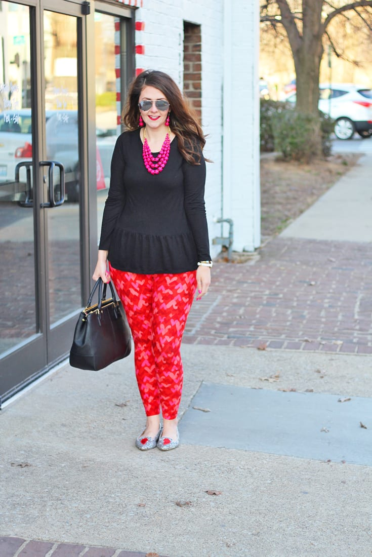 Galentineu0026#39;s Day Outfit With LuLaRoe Valentineu0026#39;s Day Leggings + GIVEAWAY | Bright On A Budget