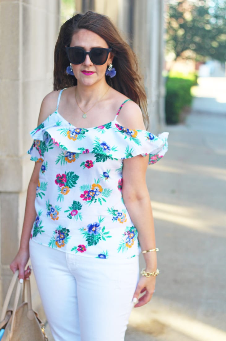 Cold shoulder ruffle top and white jeans
