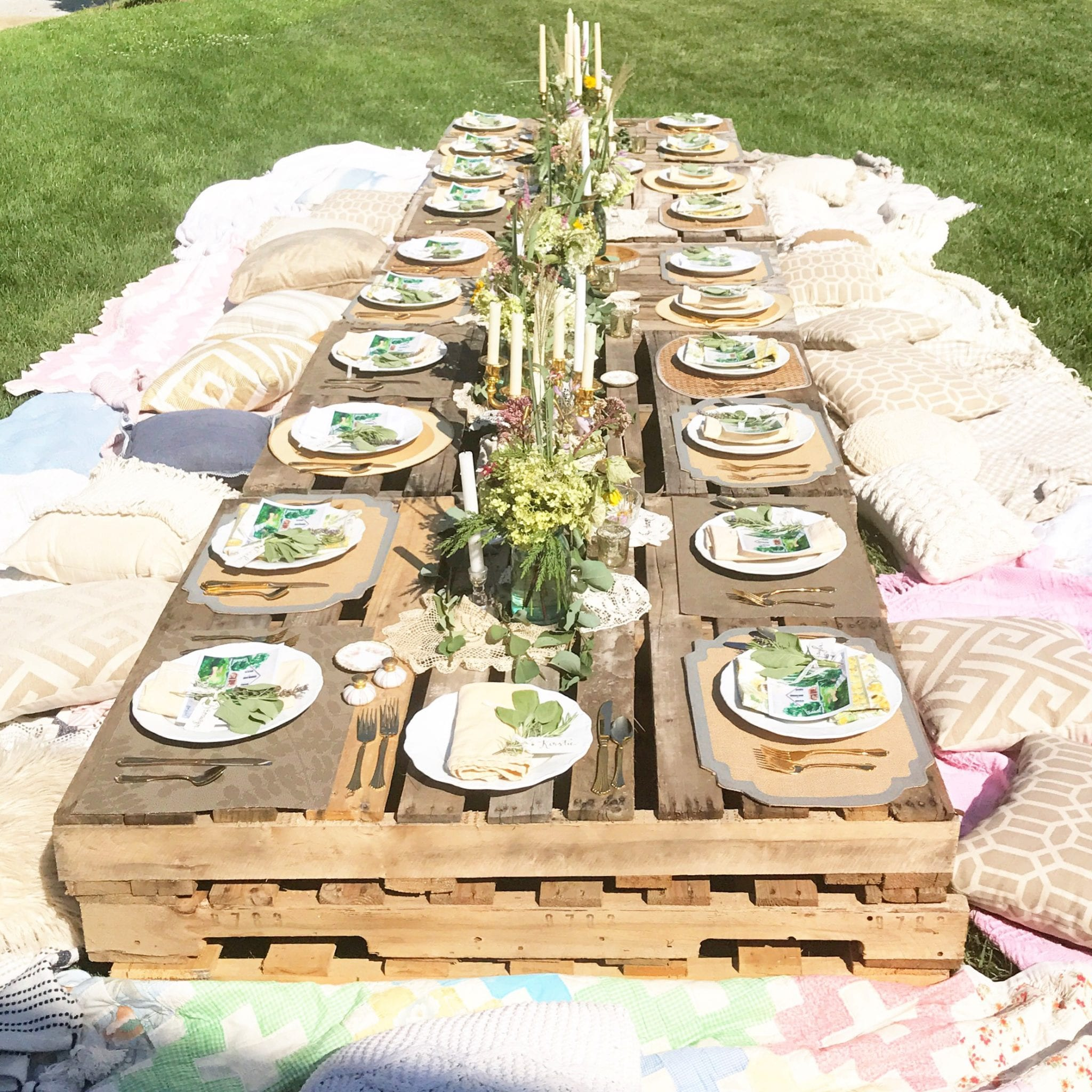 Pinterest perfect blogger brunch tablescape