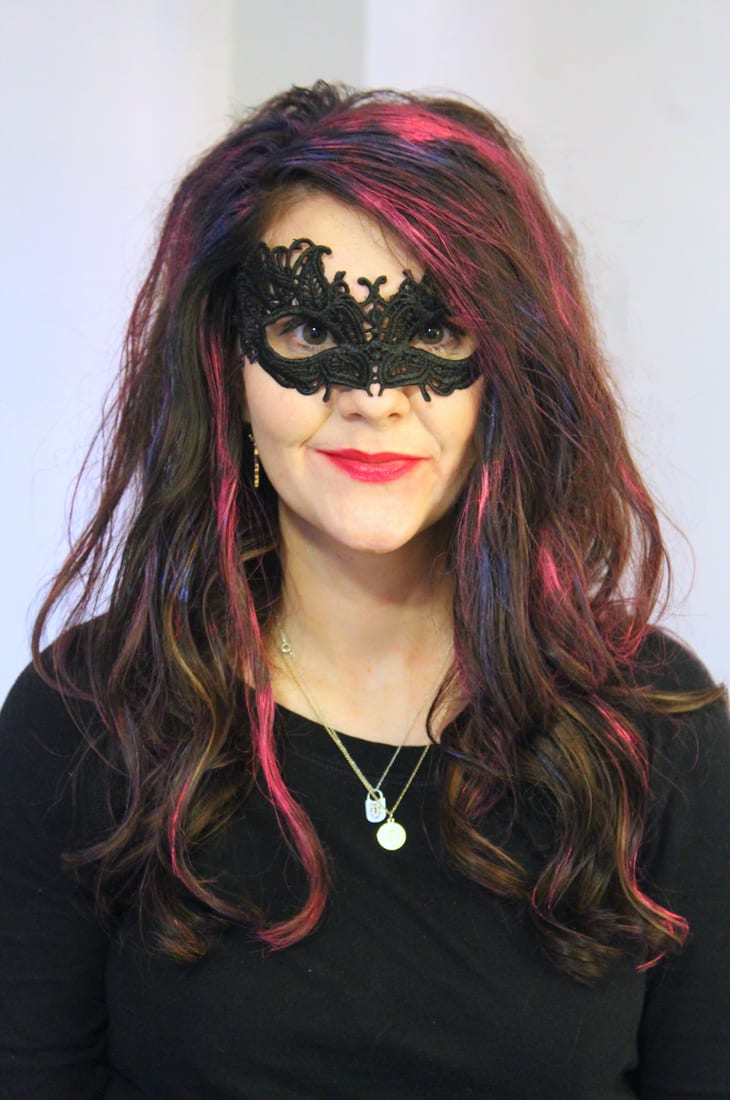 how to temporarily color dark hair for Halloween 1
