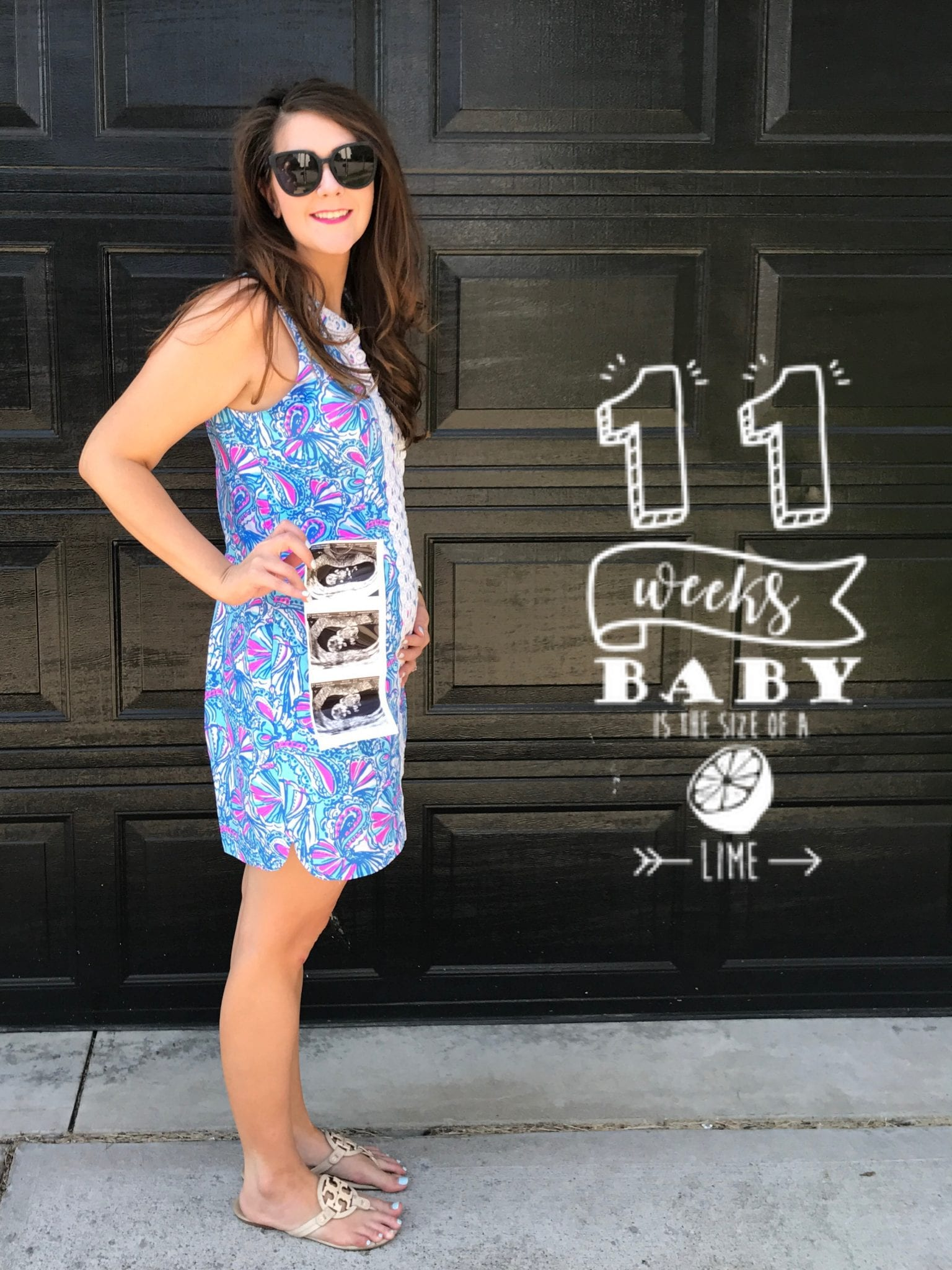 Weekly Bump Pictures with writing and fruit, pregnancy week-by-week